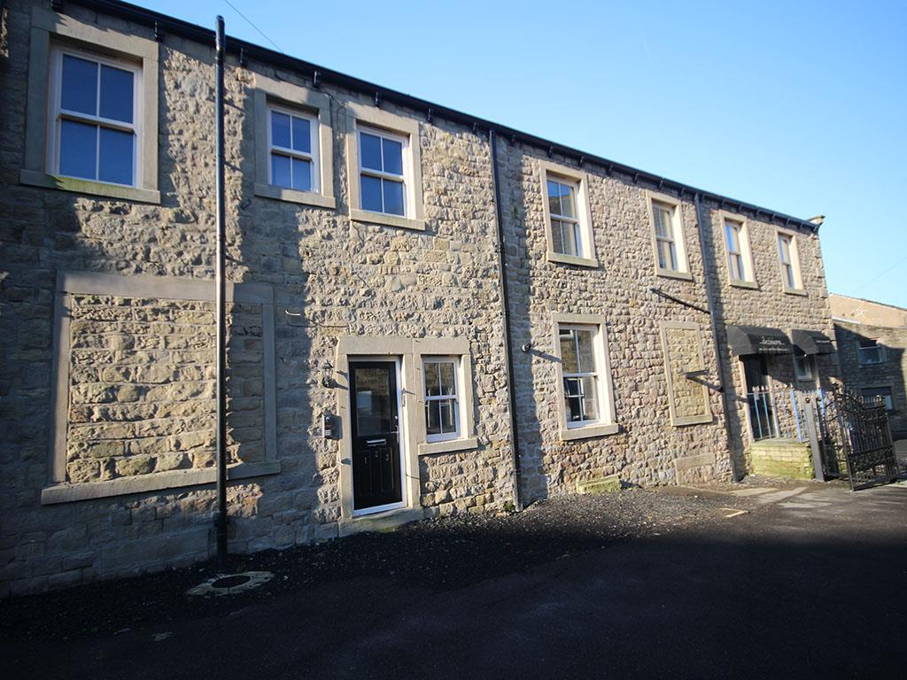 2 bedroom apartment To Let in Barnoldswick - Property photograph